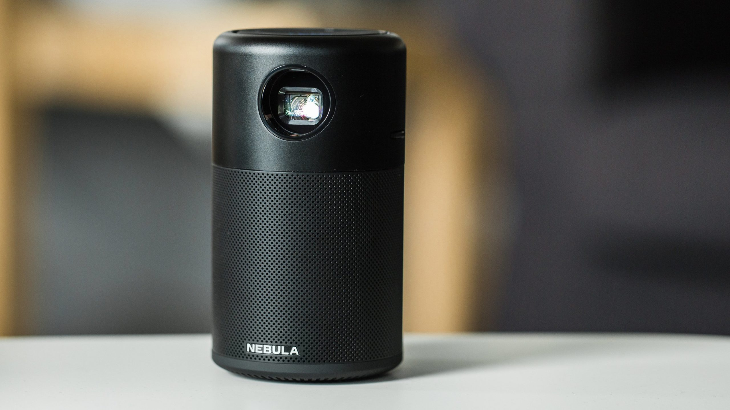 nebula proiettore portatile
